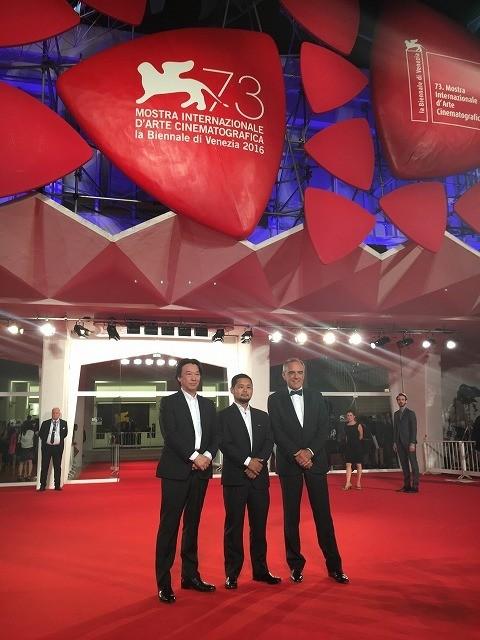 「GANTZ:O」ベネチア映画祭でお披露目、川村泰監督がCG映像をPR
