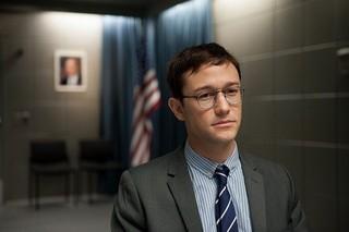 ジョセフ・ゴードン=レビット×オリバー・ストーン監督「スノーデン」17年1月公開