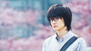 実写「3月のライオン」神木隆之介のビジュアル初披露!桜背景に憂いの表情