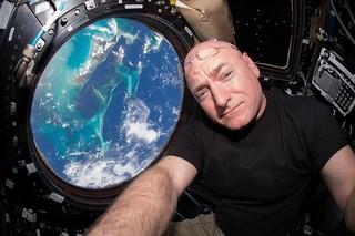 スコット・ケリー宇宙飛行士の回顧録が映画化へ