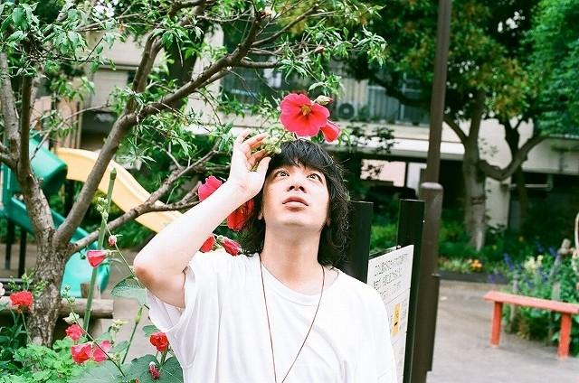 橋本愛×宮崎あおい「バースデーカード」挿入歌は「銀杏BOYZ」の名曲に決定
