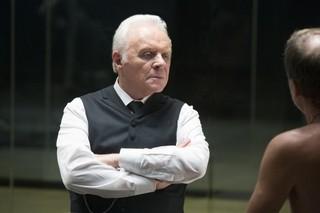 テレビシリーズに初出演したアンソニー・ホプキンス「ダークナイト」