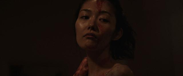 忍成修吾主演「ひかりをあててしぼる」 米批評サイト主催のホラー映画賞受賞 - 画像1