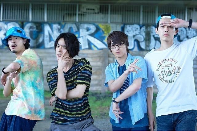 劇中グループがCDデビュー!