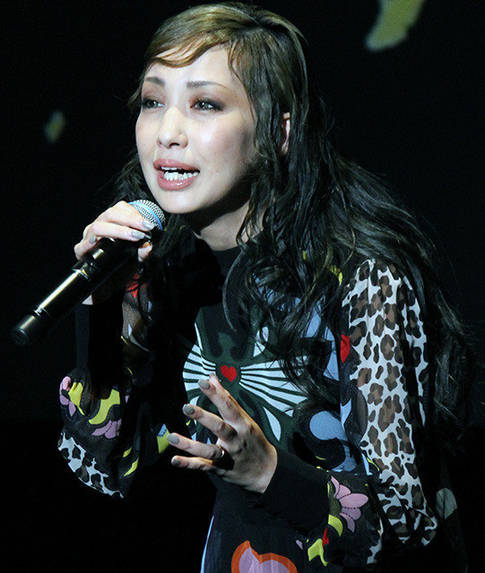 織田裕二、主題歌生披露はサプライズなのに口滑らし平謝り「はいカット。もう1回」