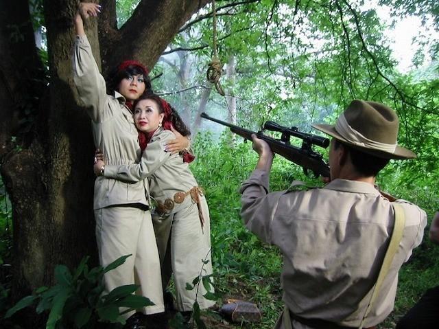 「アイアン・プッシーの大冒険」は西部劇テイスト