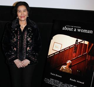 インドネシアのベテラン女優トゥティ・キラナ「アバウト・ア・ウーマン」