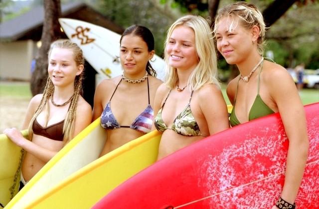 サーフィン映画「ブルークラッシュ」がテレビシリーズ化