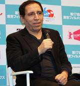 M・マフマルバフ監督、ネガ没収の幻の映画26年を経て日本初披露「映画は人の心を変えられる」