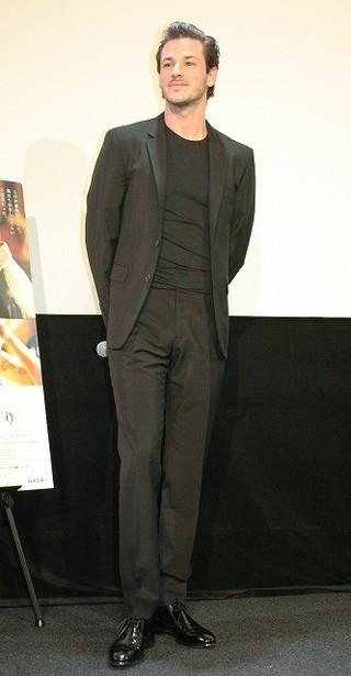 仏俳優ギャスパー・ウリエル、グザビエ・ドラン監督を称賛「ほかの監督とはまったく違う」