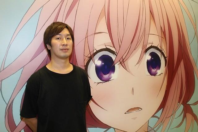 取材に応じた斎藤俊輔プロデューサー
