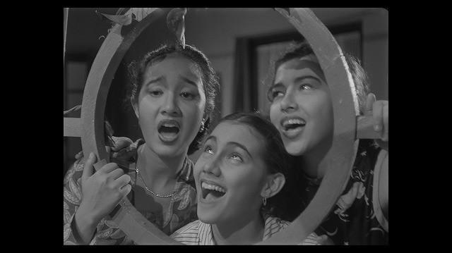「三人姉妹」の一場面