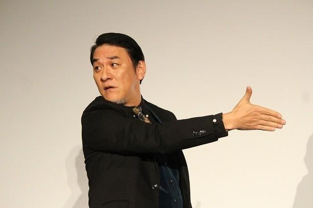 岡田准一、観客600人の社歌合唱に叱咤激励「腹から声出さんかい!」 - 画像1