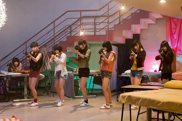 異色アイドル「虹のコンキスタドール」の初主演映画「聖ゾンビ女学院」、初夏公開!