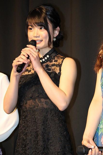 足立梨花、「Seventeen」専属モデル・江野沢愛美の「ゲス顔がすごかった!」 - 画像3