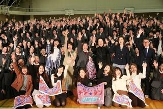 試写会には830人が参加「チア☆ダン 女子高生がチアダンスで全米制覇しちゃったホントの話」