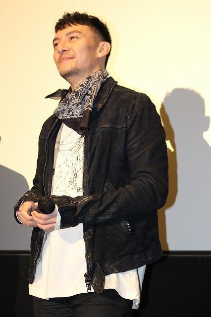 チャン・チェン、親友・妻夫木聡の日本アカデミー賞戴冠を祝して爆笑アイテム贈呈 - 画像1