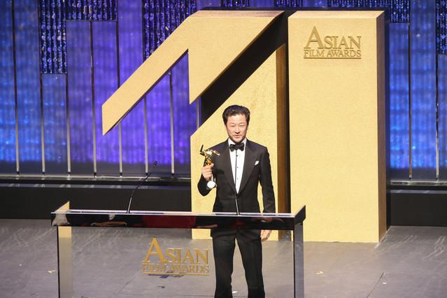「淵に立つ」の怪演で主演男優賞獲得