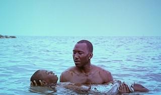 オスカー俳優マハーシャラ・アリ「ムーンライト」は「手を差し伸べる人の話」