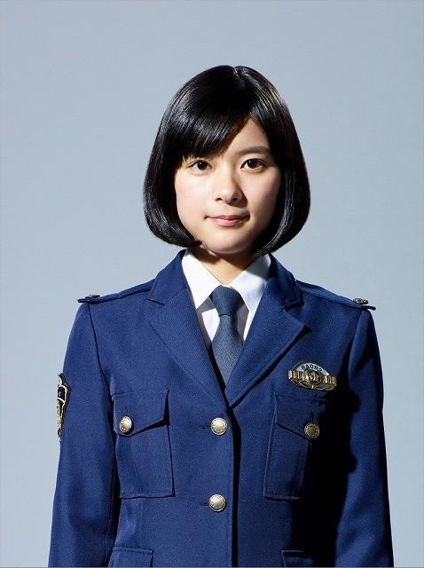 新人警察官役に挑戦する芳根京子