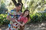 初デートは命懸け!アナ・ケンドリック主演「バッド・バディ!」劇中カット公開