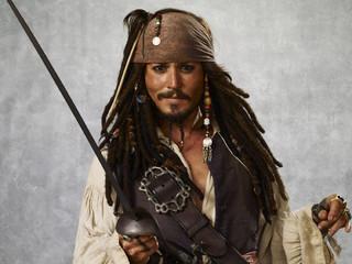 人形じゃなくて本人だった!ジョニデが米「カリブの海賊」でサプライズ