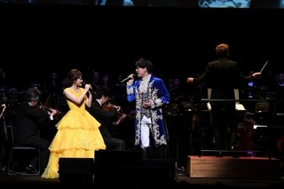 「美女と野獣」オーケストラの生演奏付き上映&吹き替え声優の生歌に5000人がうっとり