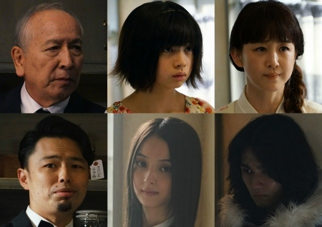 (上段左から)村井國夫、桜田ひより、相田翔子 (下段左から)浜野謙太、佐々木希、柳俊太郎