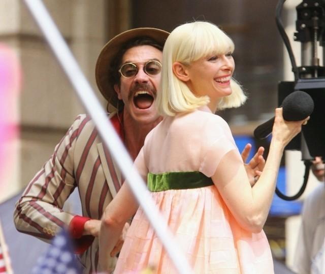 「オクジャ」撮影中のティルダ・スウィントン とジェイク・ギレンホール