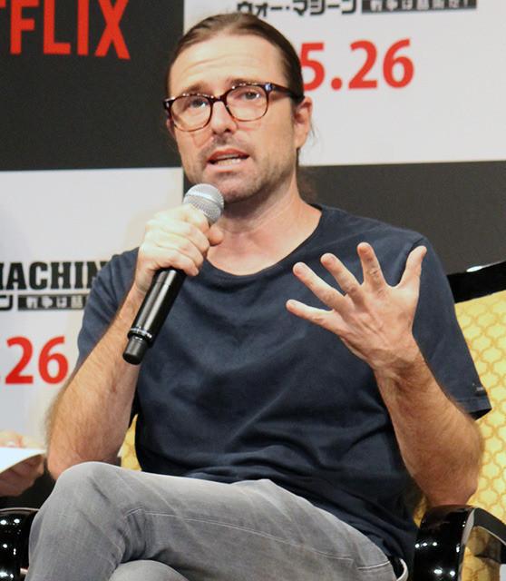 B・ピット、主演・製作のNetflix映画「ウォー・マシーン」に自信「大胆な作品作れた」