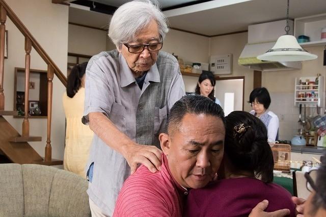 山田洋次流喜劇のこだわりが伝わる「家族はつらいよ2」メイキング写真入手 - 画像2