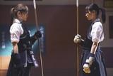 西野七瀬、白石麻衣、生田絵梨花らが薙刀に全力投球!「あさひなぐ」撮影現場公開
