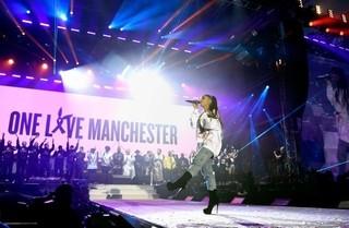 アリアナ・グランデのマンチェスター追悼公演、英国で今年最高の視聴者数を獲得