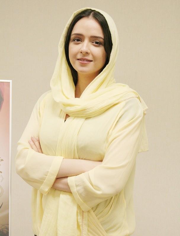 授賞式ボイコットで話題、イランのA・ファルハディのオスカー受賞作主演女優が来日