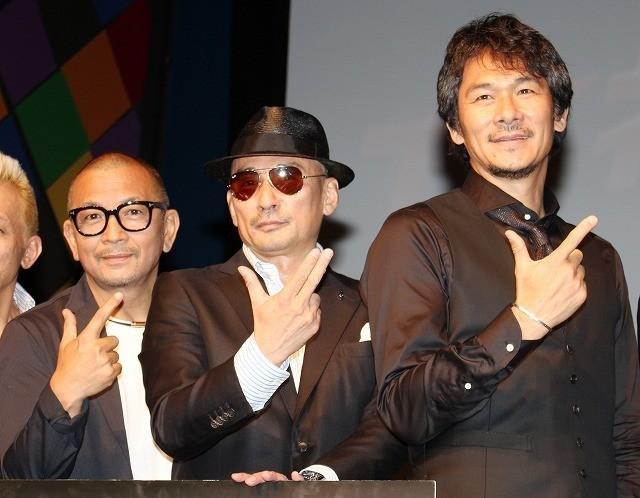 現場での思い出を語った(左から) 中野英雄、横山剣、伊原剛志