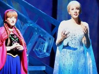 映画とは一味違った感動が味わえる 「アナと雪の女王:ライブ・アット・ ザ・ハイペリオン」「アナと雪の女王」