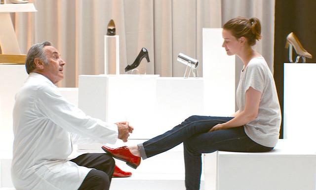 「ジュリーと恋と靴工場」の一場面