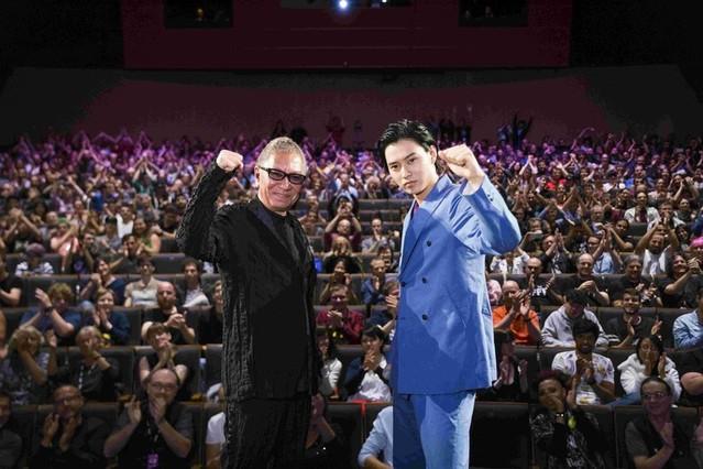 海外の映画祭初参加の山崎賢人「感動しました」