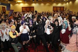 実写「東京喰種」LAで世界初上映!窪田正孝のマスク姿に観客1000人興奮