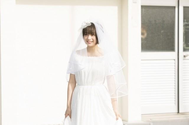 広瀬すずのウエディングドレス姿!生田斗真主演「先生!」新ビジュアル披露