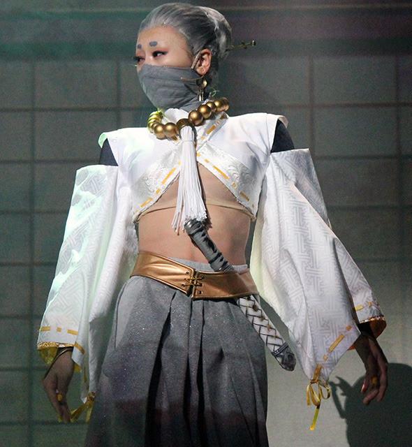 浅田舞、初挑戦舞台でフィギュア仕込みの殺陣披露「だいぶシェイプアップできた」 - 画像4