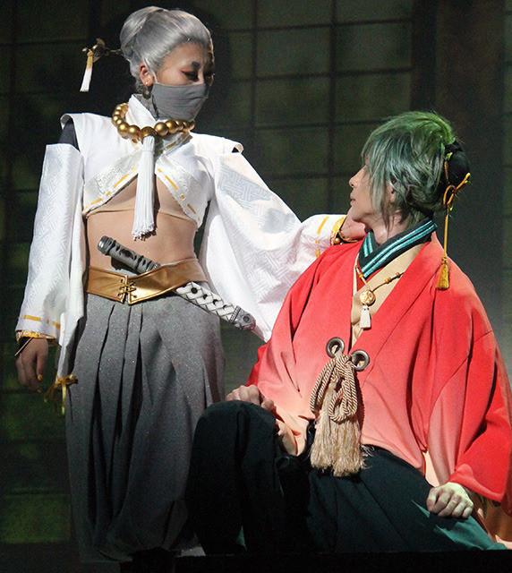 浅田舞、初挑戦舞台でフィギュア仕込みの殺陣披露「だいぶシェイプアップできた」 - 画像3