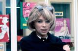 仏女優ミレーユ・ダルクさん死去