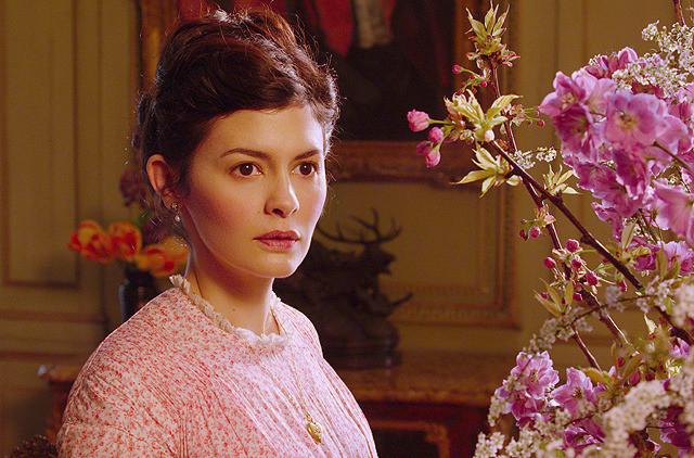 美しくたくましく生きた母親役を好演したオドレイ・トトゥ