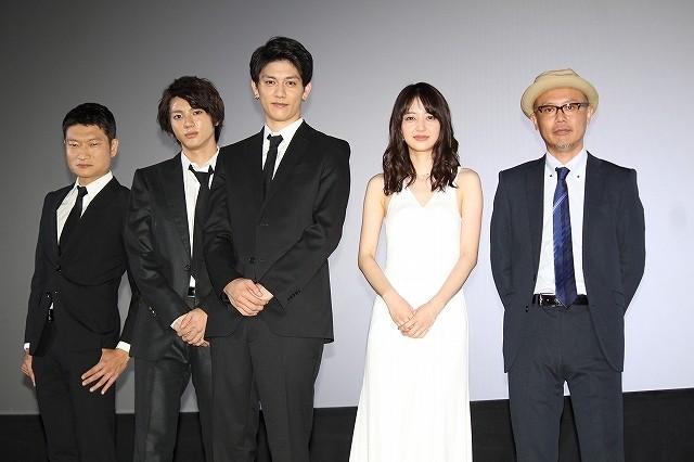 青木玄徳&山田裕貴は「イケメンのお笑いコンビ」 第7弾「闇金ドッグス」公開
