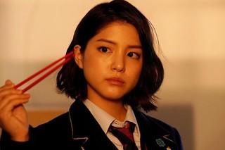 川島海荷、「ジャニーズWEST」主演ドラマ「炎の転校生」に参戦!ドSなヒロインに