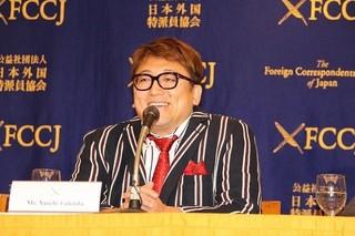 福田雄一監督「斉木楠雄のΨ難」の核はアメリカ的笑い&天才妻の助言!