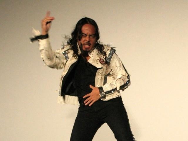 ケント・モリ「マイケル・ジャクソン スリラー3D」日本初上映をキレキレダンスで祝福