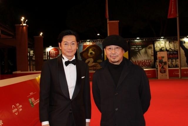 井浦新「光」携えローマ映画祭へ!観客は狂気の演技に拍手喝さい