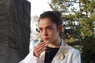 カンヌ受賞「RAW」18年2月劇場公開決定!生肉を食べたベジタリアンの少女が変貌